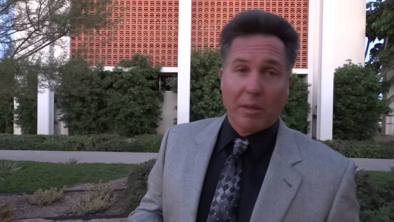 Candidate Joe Imbriano reporting from city hall on the corrupt Fullerton establishment