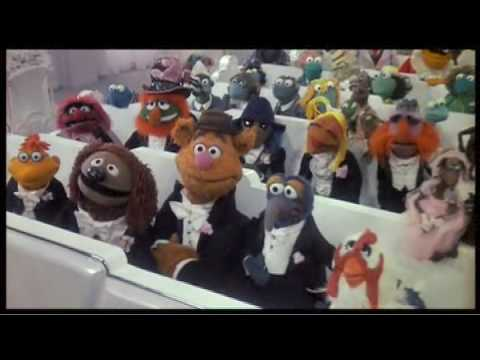 Are Kermit the Frog and Miss Piggy married? | Muppet Wiki | Fandom ...