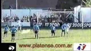Daniel Vega goleador del Platense Campeón