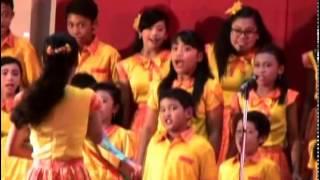 Lonceng Natal -Christ One Choir