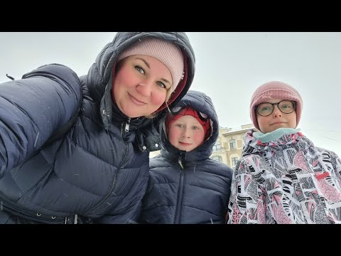 Все дороги, даже в Санкт-Петербурге ведут в торговый центр, ЗАМЁРЗЛИ, греемся в Zara. Питер зимой.