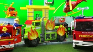 Feuerwehrmann Fireman Sam SIMBA Deluxe Fire Station TRUCK FIRE with  Jupiter Fire Engine