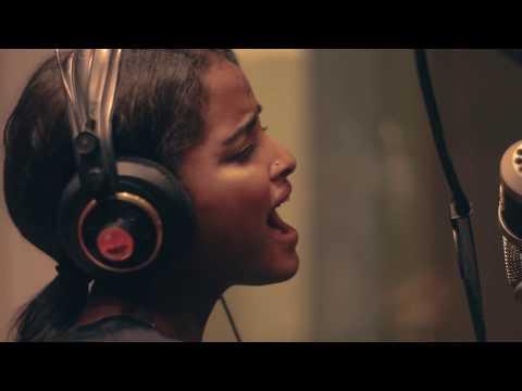 Rozina Kahsay- Broken Vessels (Amazing Grace) - Hillsong Worship