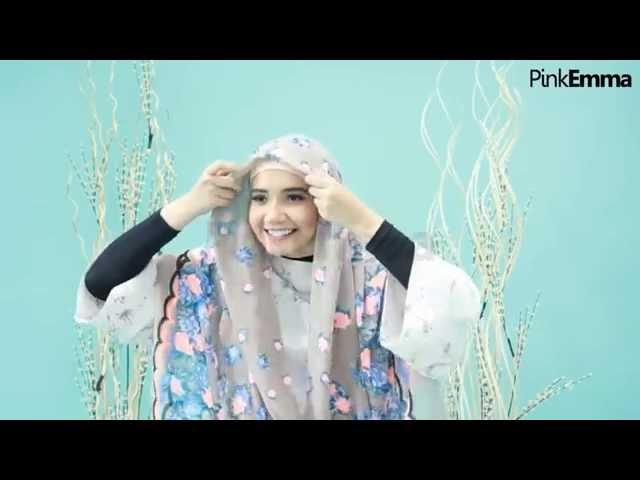 30 Tutorial Hijab Ala Zaskia Sungkar Segi Empat Simple Hijabyuk Com