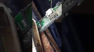 видео Ремонт телефонов и планшетов