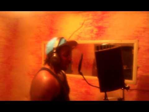 Young Pharoah, V.BEEZY recordin I JUST WANNA PARTY