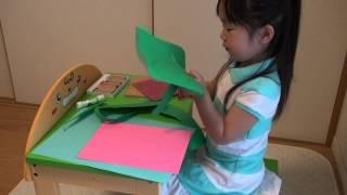 玩具メーカーピープルより発売、「3歳からのリビング学習机 つくえちゃ...