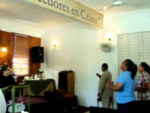 Evang. Santos Lebron en el Mensaje Iglesia Redimid...