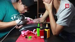 មុខរបរចាក់សាក់ហាក់កំពុងត្រូវប៉ាន់   Tattoo Business Booming