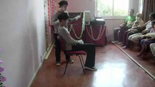 Kuaförde (At The Hairdresser) Kalp Atışı -  (pandomim - pantomime mime)