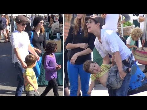 X17 EXCLUSIVE - Jillian Michaels Has Her Arms Full At The Farmers Market