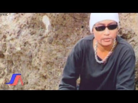 Jampay - Keangkuhan (Official Lyric Video)