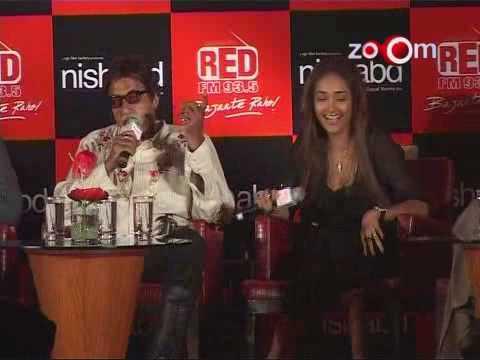 Download Amitabh Bachchan Jiah Khan Nishabd premiere Zoom Tv's Page3