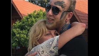 Елена Яковлева удивила поклонников снимком сына с совершенно чистым от татуировок лицом