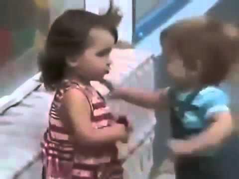Пацан пристает к девченке в школе фото 403-503