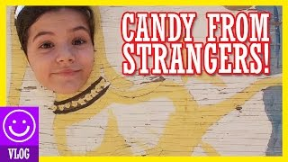 CANDY FROM STRANGERS!!  |  KITTIESMAMA