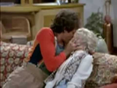 Mork & Mindy - All of Their Kisses from Season One
