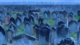 Paranormal Activity Ghost Graveyard Spotted in Real Life Halloween Scares! FAKE