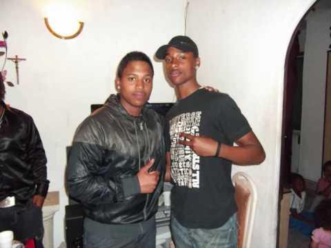 Vive Longi Nhelas & Johnny Alves Facebook