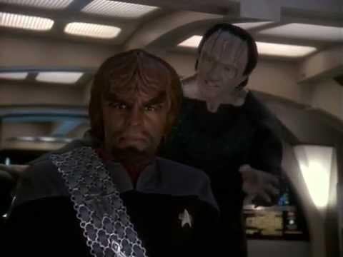 DS9 Garak lies to Worf (In Purgatory's Shadow)