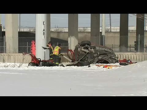 2 Killed, 2 Injured When Car Plunges Off Stevenson Expy Overpass | ABC7 Chicago