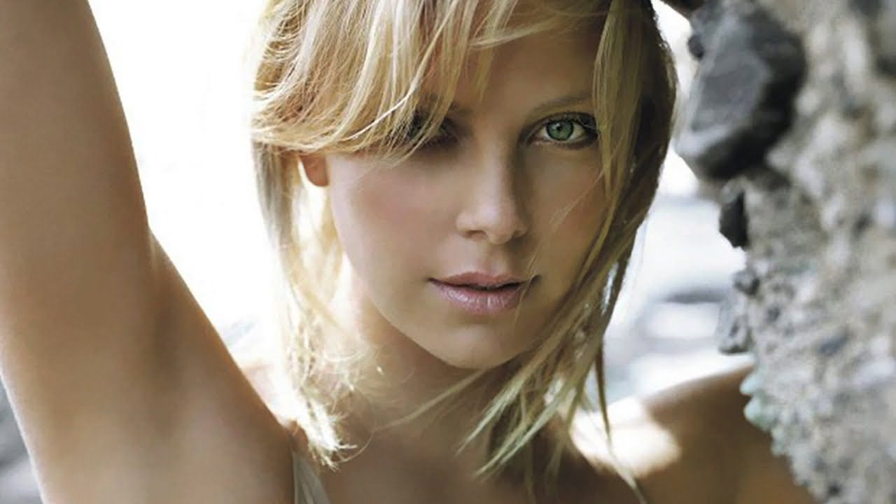 Youtube Charlize Theron naked (18 images), Selfie