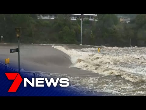 Sydney hammered by worst downpour in over 20 years | 7NEWS