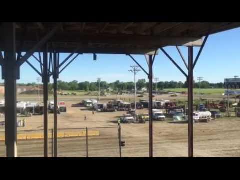 7W Racing Purestock Heat 6-10-17 Viking Speedway