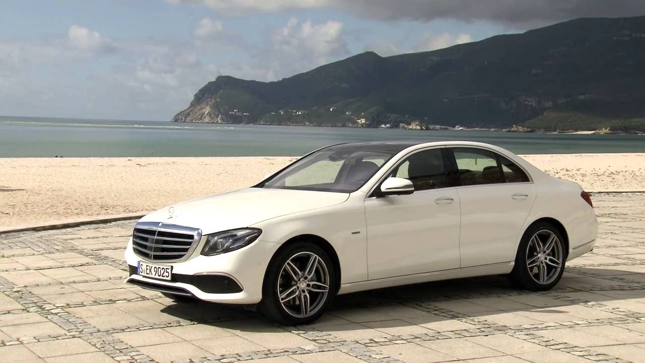Mercedes Benz 2017 E 350 Exclusive Trailer