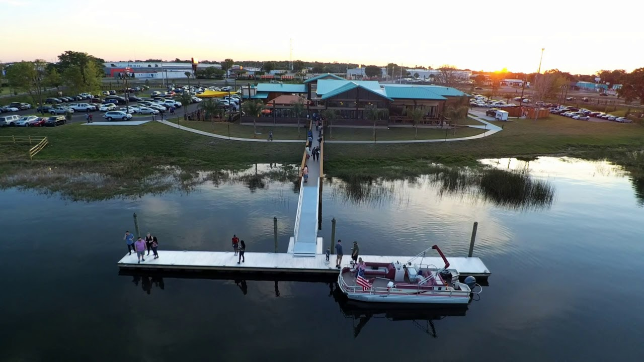 Visit The Waterfront Grills Lakeside Orlando Florida S Newest Seafood Restaurant