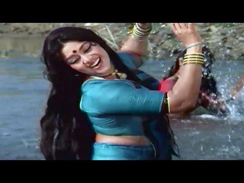 Snehlata Bathing in River, Hiran Ne Kanthe - Gujarati Scene 1/12