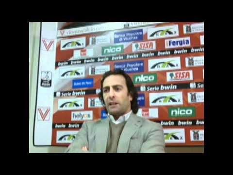 Schwoch presenta Carlo Pinsoglio e Rodrigo Possebon.wmv