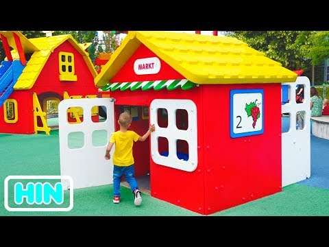 बच्चों के लिए मनोरंजन पार्क व्लाद और निकिता में मज़ा है