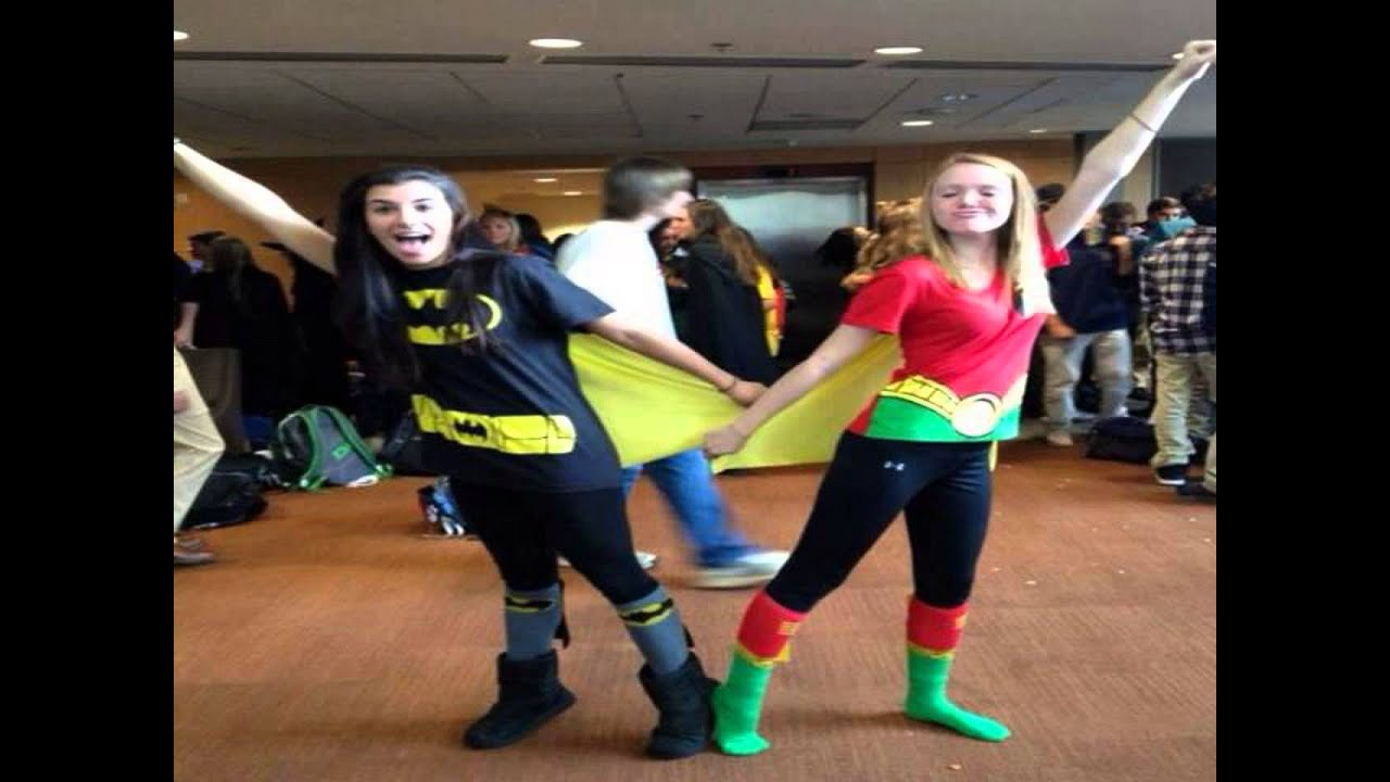 sc 1 st  YouTube & cute best friend halloween costumes - YouTube
