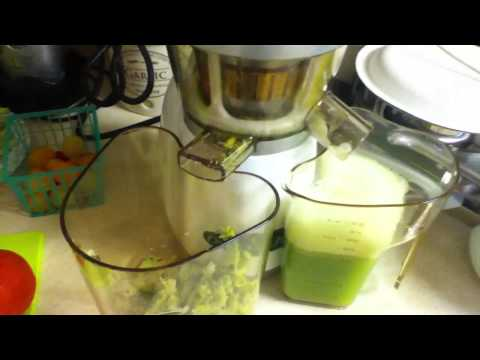 Omega VRT350W Unboxing, Juicing & Organic Juice Recipes!