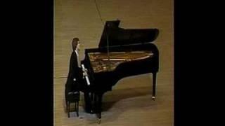 Stanislav Bunin playing Chopin fantasie-impromptu.