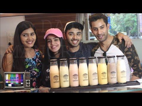 Swabhiman Cast Meghna, Karan, Naina & Kunal Spotted At Ice Cream Palour In Mumbai