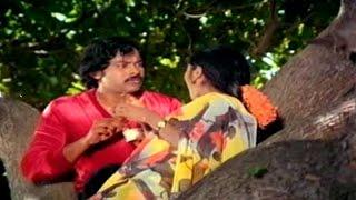 Nyayam Kavali Movie || Chiranjeevi & Radhika Best Love Scene || Chiranjeevi,Radhika