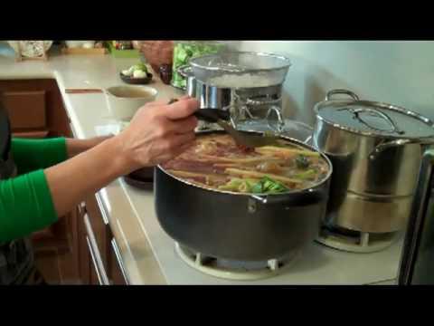 Cách nấu bún bò Huế