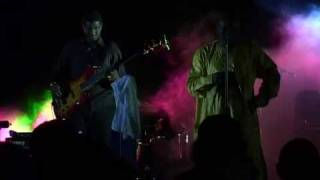 Omar Pene 09 - Bass
