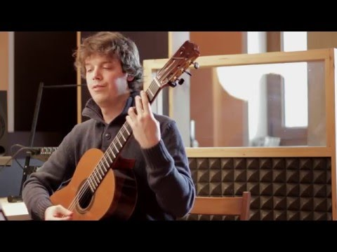 How to play acciaccature on classical guitar - Giuliani: Andantino n.4 op.1   Guitarise ep2