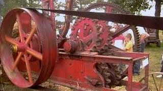 Baling Straw With Egg Shaped Eccentric Variable Speed Elliptical Gears On Antique Sandwich Hay Press