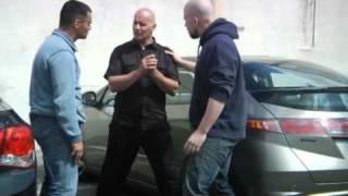 Agression dans la rue : se défendre