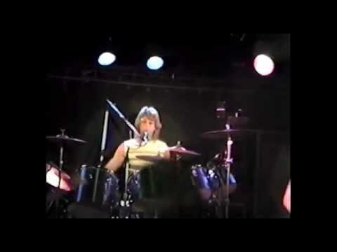Bob Dee & Tokyo - Slipping Away