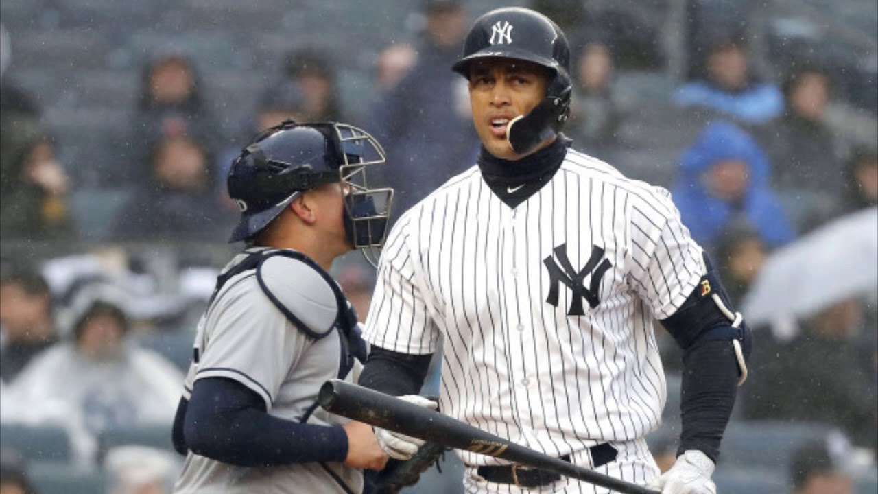 Giancarlo Stanton once again gets booed by Yankees fans