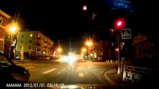 видео SUBINI STR-825RU