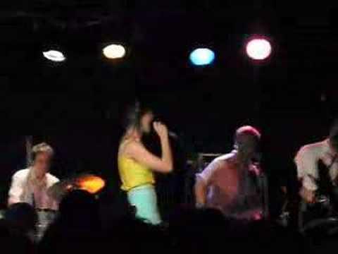 Katy Perry - I Kissed a Girl - Mercury Lounge NYC
