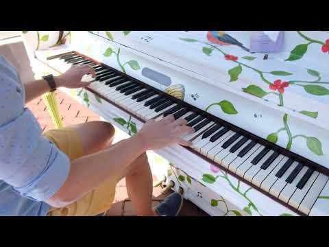 Piano busking at