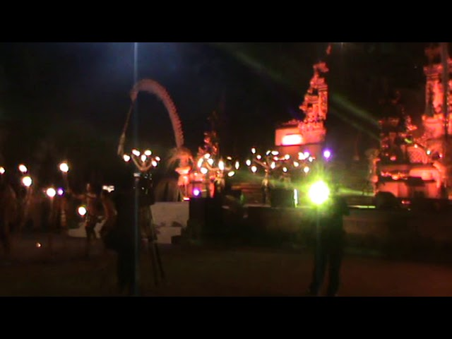 Balerung Stage / Kolaborasi Kecak dan Fire Dance