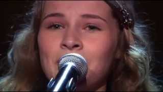 Vajen sings 'The Climb' by Miley Cyrus - The Voice Kids Holland - The Blind Auditions